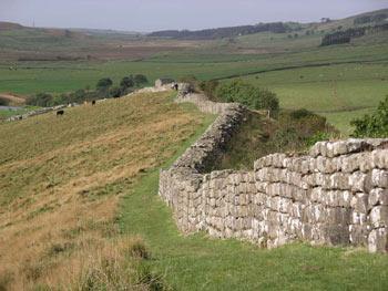 Hadrian%27s-wall.jpg